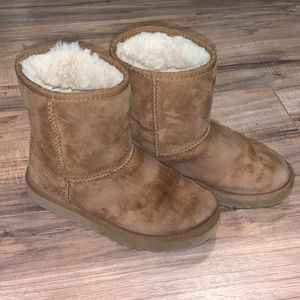 Little Girl's Ugg Boots Size 1